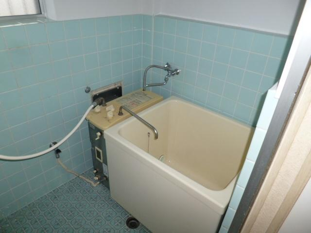 【浴室】サンアベニュー桂