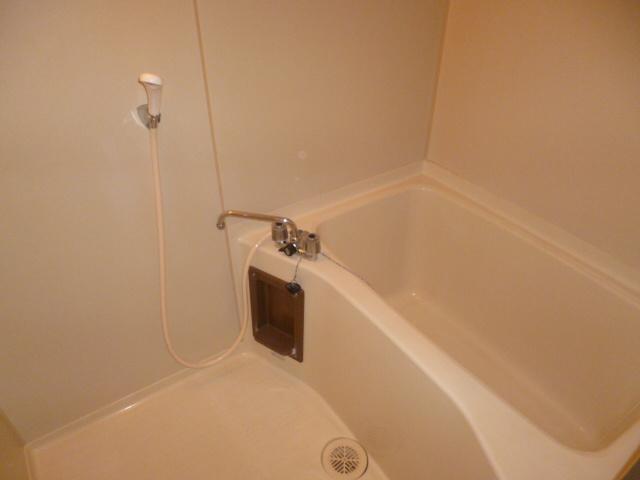 【浴室】ブルーベリーハイム