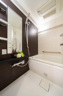 【浴室】リビオレゾン日本橋浜町 リ フォーム済 角 部屋 2012年築