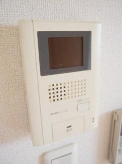 来客がわかるTVモニタ付きインターホンです。