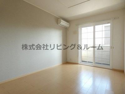 【居間・リビング】イーストブロード・Ⅱ棟