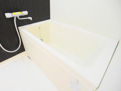【浴室】メゾネットルールモント
