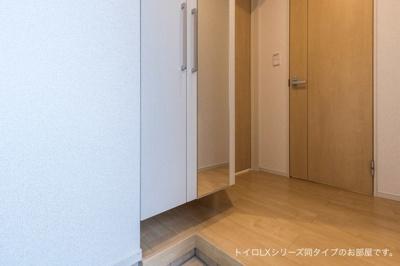【玄関】リバーサイド横浜