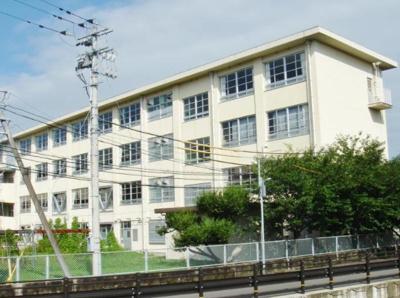 福岡市立田隈小学校まで401m