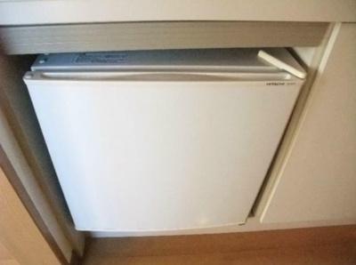 ミニ冷蔵庫。