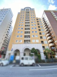 高いデザイン性を持つ外観は、住む方のプライドを満たすクオリティ。 令和3年9月16日撮影
