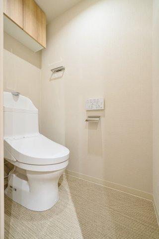 ウォシュレット一体型トイレも新規交換につき快適にお使いいただけます