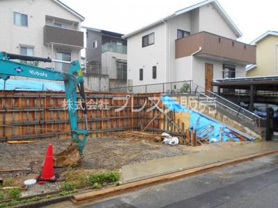【前面道路含む現地写真】奈良市五条西1丁目の売地 全2区画