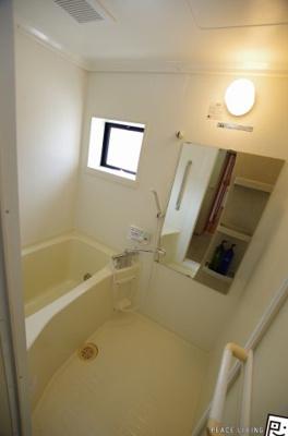 【浴室】ファミール三軒屋A