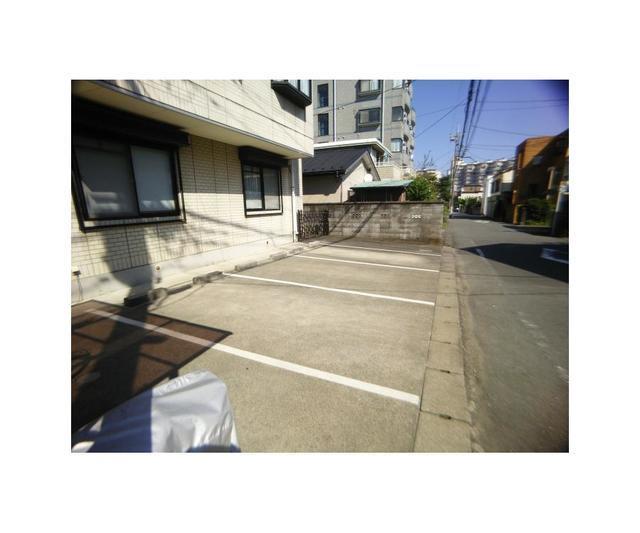 【駐車場】ドウエルオカベ