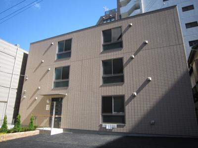 JR京浜東北「鶴見駅」から徒歩3分の駅近賃貸アパートです。
