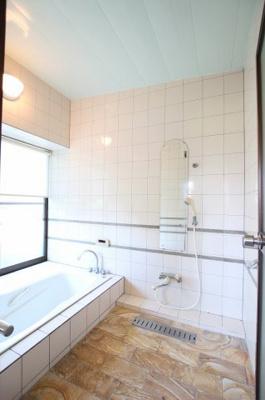【浴室】筑後市徳久 7LDK戸建