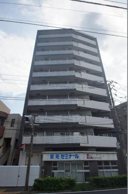 ペット可、井土ヶ谷駅徒歩3分の駅近マンションです。