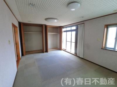 2階 主寝室 約12帖(大型クローゼット有)