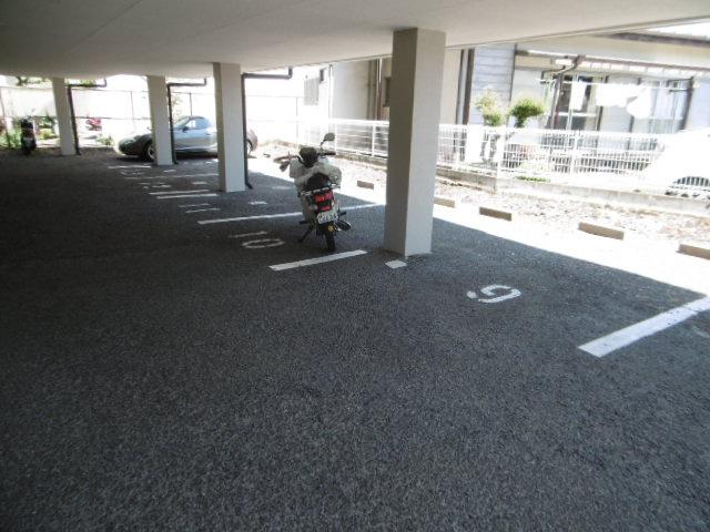 【駐車場】エスポワール錦