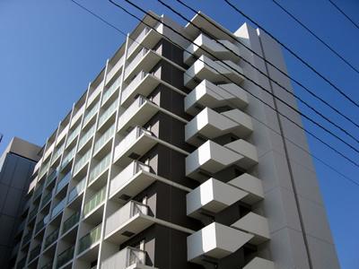 「新横浜」駅アクセス良好の賃貸マンション。