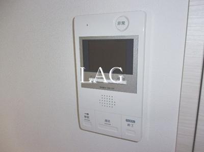 TVモニター付きインターホンです。