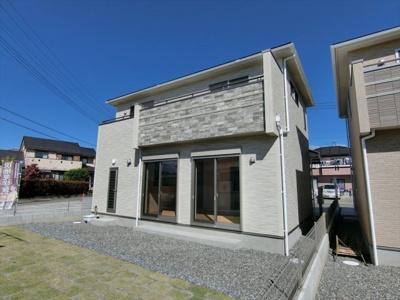 【外観】西八幡3区画新築2号棟