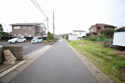 前面道路(幅員約4.8m)北東側より撮影