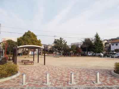 栄町公園まで110m