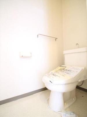 トイレ(別の部屋の画像です)