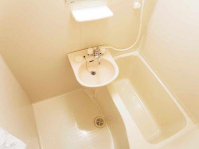 【浴室】レオパレスリヴハイツC