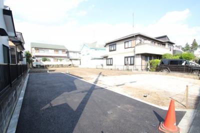 【前面道路含む現地写真】厚木市飯山 売地 全3区画