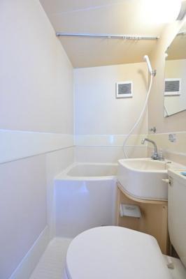 【浴室】メゾン・ド・ブリーヤン