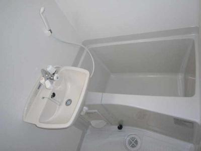 【浴室】レオパレスハーベスト馬事公苑