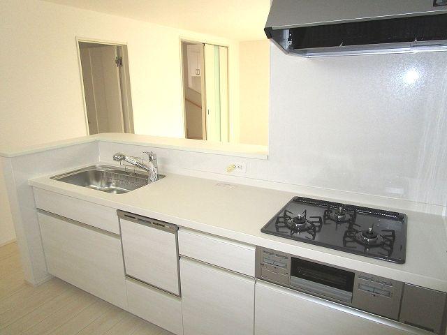 【キッチン】早良区梅林6丁目新築戸建 2号棟