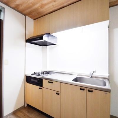 【キッチン】第3アベニューハウス