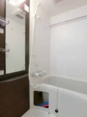 雨の日のお洗濯に便利な浴室乾燥機能付き(同一仕様)
