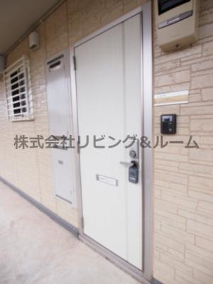 【玄関】カサブランカ A棟