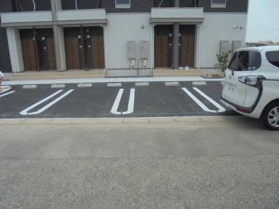 【駐車場】フォルシシア