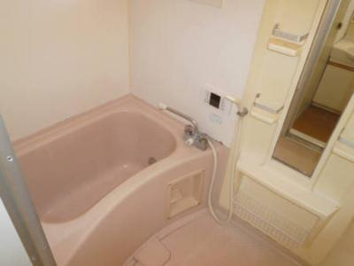 浴室203