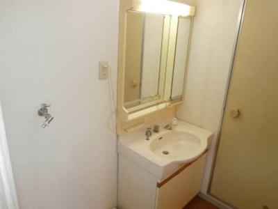 洗面室203