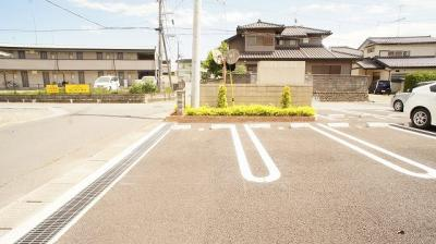 【駐車場】コンフィデンス
