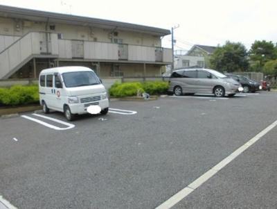 【駐車場】グランジュテ