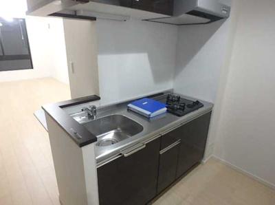 【キッチン】LUORE三宿 築浅 浴室乾燥機 独立洗面台 南向き