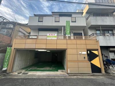 阪和線、南海高野線の2WAY利用可能なお家です、一階部分はインナーガレージに事務所スペースなどもありますのでガレージハウスとしても利用可能です。