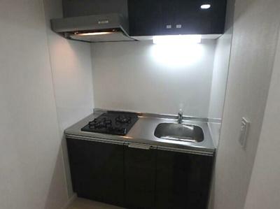 【キッチン】LUORE三宿 新築 浴室乾燥機 南向き ネット無料賃貸