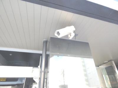 防犯カメラ(8台設置)