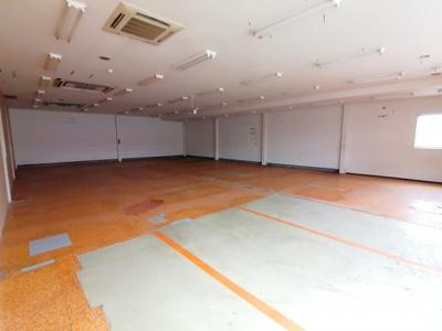 【駐車場】瀬戸南2F貸店舗