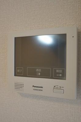 来訪者が確認できる女性に安心の「TVモニターホン」