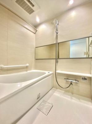 大森ハイツの浴室です。