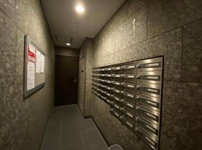 デュオシティ上野松が谷のメールボックスです。