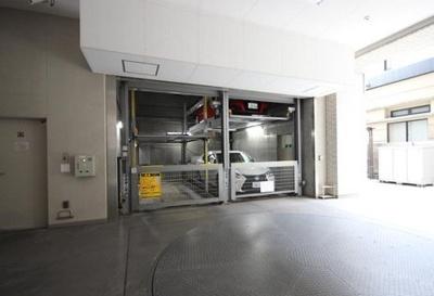 デュオシティ上野松が谷の駐車場です。