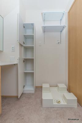 室内洗濯機置き場・棚