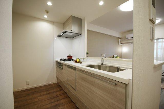 お料理しやすいキッチンです 食器洗浄乾燥機付きなのでお食事の後が楽になります