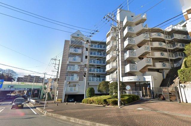 小田急江ノ島線「藤沢本町」駅より徒歩8分 交通アクセスも良いライオンズマンション藤沢本町第2 11階建9階部分のお部屋 オートロックの付いた安心マンションです◎